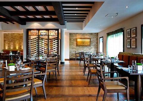 Tudor Park Marriott Hotel & Country Club Restaurants at Maidstone